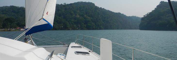 location-catamaran-voilier-outremer-securite